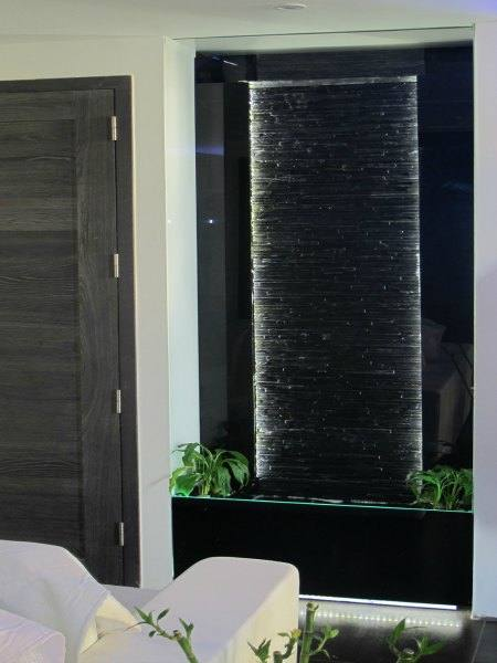murs d 39 eau odyssee aquarium odyssee v g tale. Black Bedroom Furniture Sets. Home Design Ideas